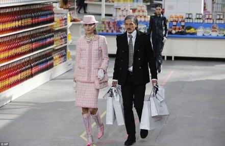 marcando_tendencia_blog_paris_fashion_week_supermercado_chanel_shopping_center_karl_lagerfeld_25